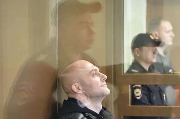 Офицеру Росгвардии дали три года колонии за незаконную охрану бизнесмена