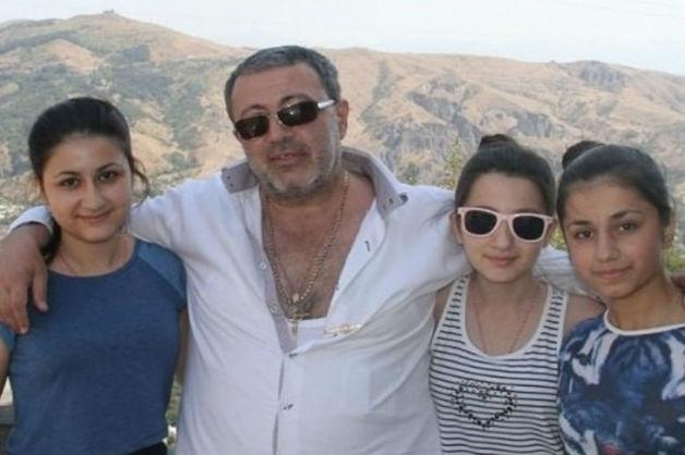 Сестер Хачатурян могут освободить от уголовной ответственности