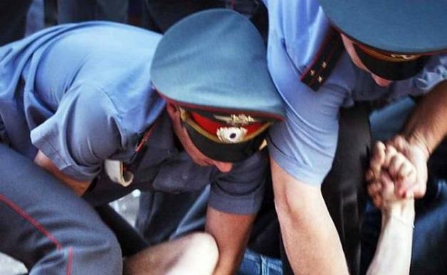 В Екатеринбурге полицейских заподозрили в изнасиловании задержанной