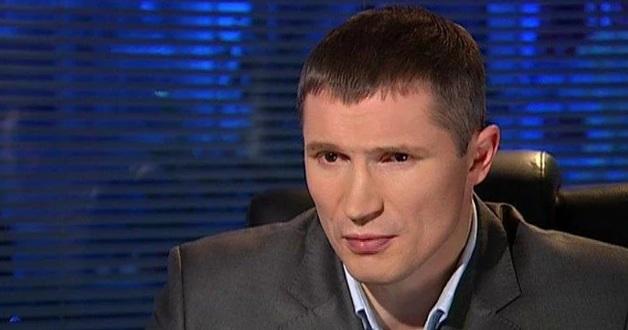 От депутатского мандата Слуги народа отказался эксперт из шоу экстрасенсов