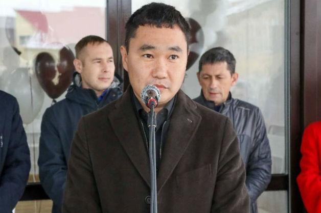 Попавшегося на взятке вице-мэра Якутска вернули в СИЗО