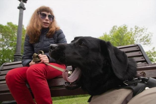В Уфе слепую девушку с собакой-поводырем не пускали в автобус
