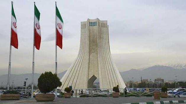 Иран предложил странам Запада разрешить экспорт нефти для возвращения к ядерной сделке, - СМИ