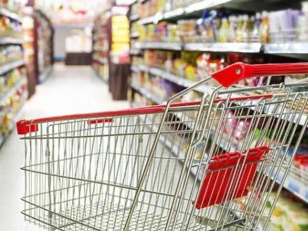 Продукты будут только дорожать, а гривна ослабнет: прогнозы экспертов на осень