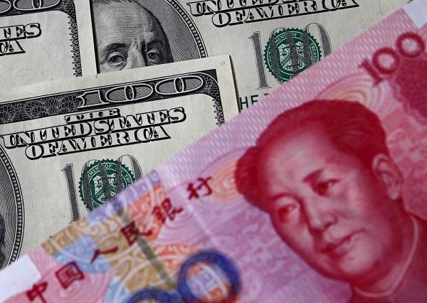 Юань рекордно обрушился за последние 11 лет из-за торговой войны Китая и США
