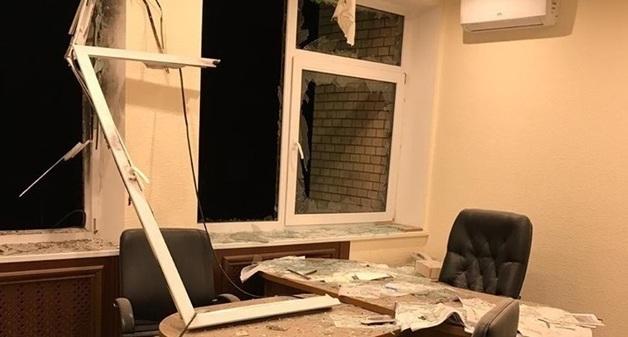 Бокс, янтарь, разборки: что известно о скандальном бизнесмене, чей офис расстреляли в Киеве