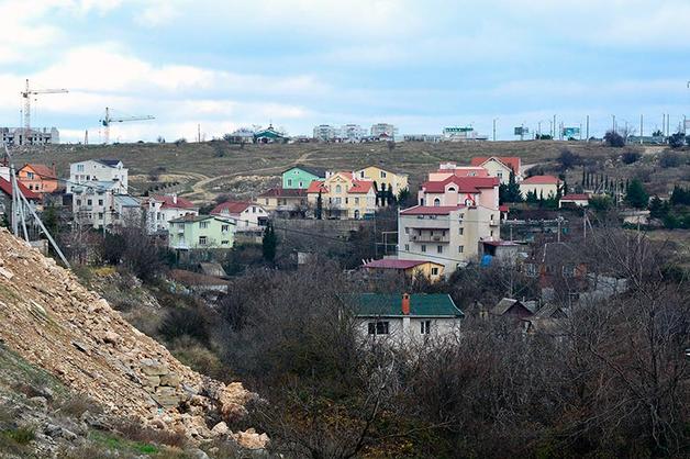 В Севастополе прокуратура под разными предлогами массово изымает участки у горожан