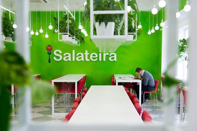 """В """"Salateira"""" обнаружили опасные для здоровья сэндвичи"""