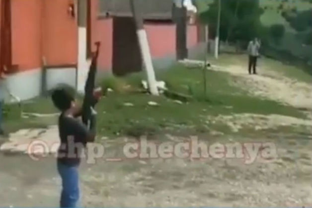 Прокуратура Чечни: видео со стреляющим из автомата ребенком снято вне республики