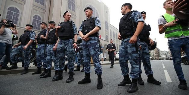 Росгвардейцев, разгоняющих митинги, оснастят видеорегистраторами