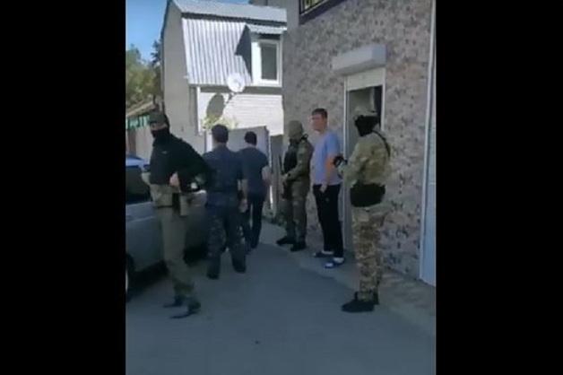 Вооруженные люди напали на кандидата в депутаты от КПРФ в Черкесске