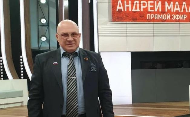 Генерал-майор КГБ, ФСБ, ГРУ, любимец ток-шоу или сумевший одурачить страну