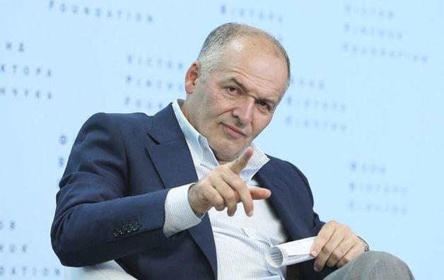 "Пинчук заплатил $5,7 млн лоббистам Януковича для борьбы против Тимошенко, - ""Голос Америки"""