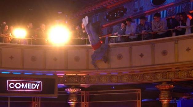 Павел Воля упал со второго этажа во время съемок Comedy Club
