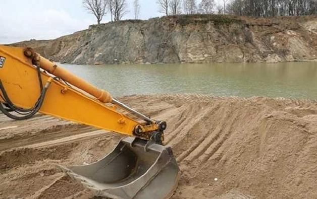 Суто Мамоян намерен подмять под себя «песочные» схемы на Киевщине?