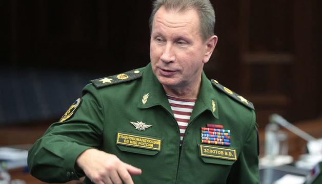 Глава Росгвардии предложил дать Устинову год условно, а его срок прибавить блогеру Синице, осужденному за твит с угрозами детям силовиков
