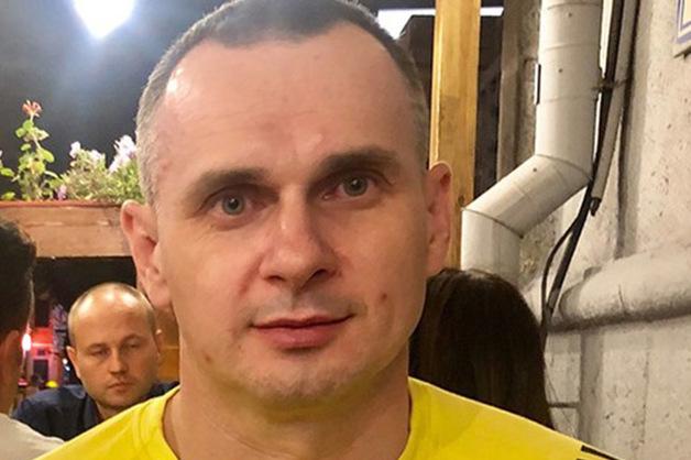 «Легкая программа такая». Украинский режиссер Сенцов рассказал, что его душили пакетом и угрожали насилием сотрудники ФСБ