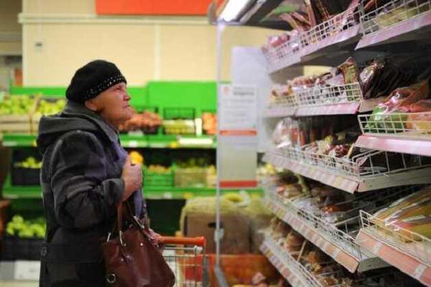 """""""Готовятся к худшему"""": вскрылась причина высоких цен на продукты в Украине"""