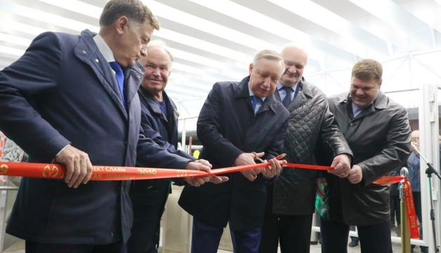 Новую станцию метро в Петербурге затопило после того, как ее торжественно открыл Беглов
