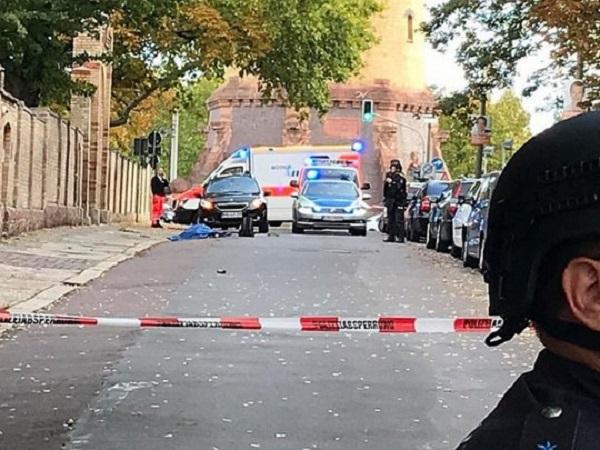 В Германии в самый важный иудейский праздник неизвестные открыли стрельбу возле синагоги