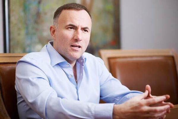 Ущерб на 14 миллиардов: суд арестовал одиозного олигарха Фукса