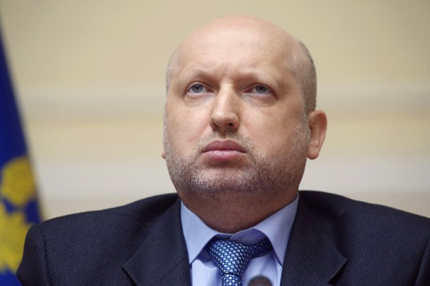 Турчинов ответил на обвинения в том, что он сдал Крым