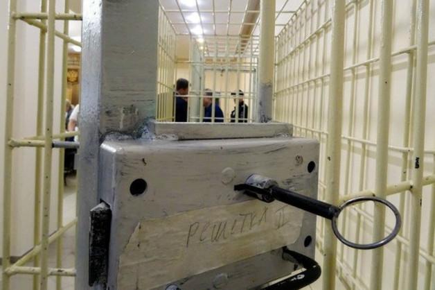 В Казани полицейский потребовал через суд удалить видео о его участии в пытках осужденных