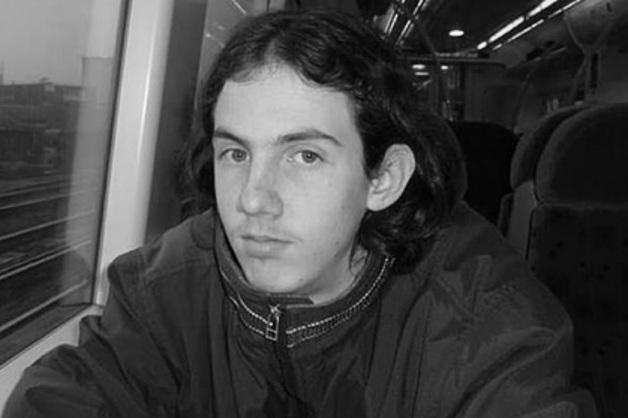 Серийный насильник зарезал педофила в тюрьме в Британии