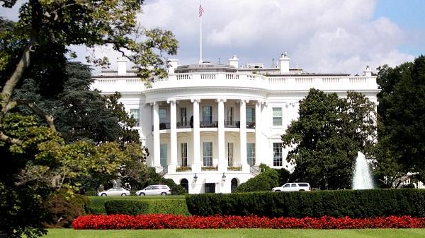 В Белом доме ищут «крота», который рассказал о разговоре Трампа с Зеленским