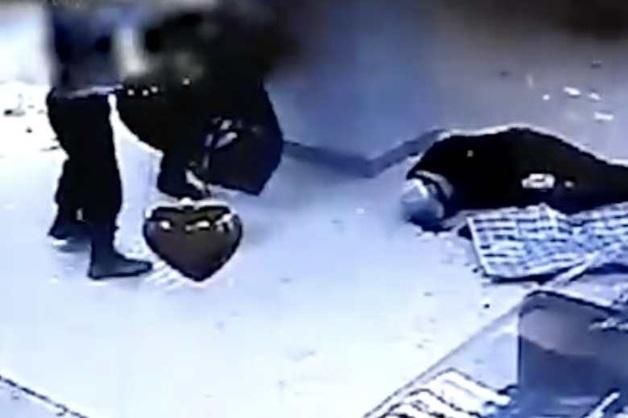 Опубликовано видео налета на ювелирный салон с участием кассира, укравшей 11 млн рублей из банка в Казани