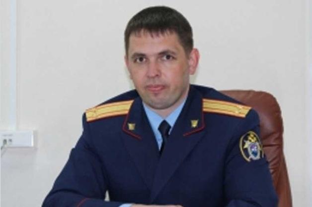 Высокопоставленные силовики Алтая украли спасательные жилеты из пассажирского самолета