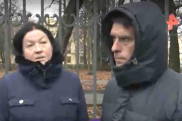 Родители убитой доцентом СПбГУ ученицы приехали за телом дочери