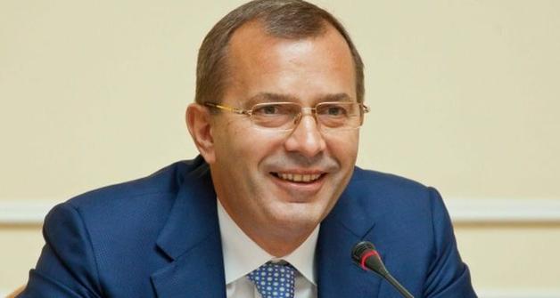 Клюев решил проблему с газами