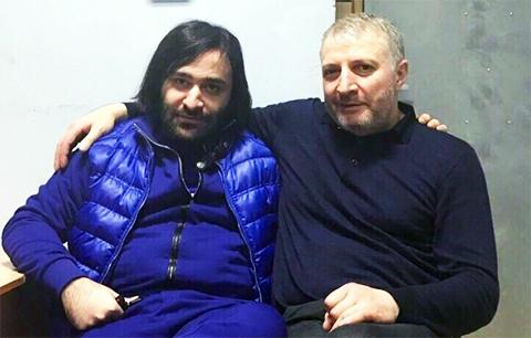 Слева воры в законе: Сергей Асатрян (Осетрина Младший) и Ахмед Евлоев (Ахмед Сутулый)