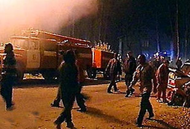 Место пожара в кафе «Чародейка»