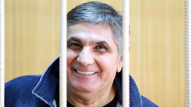 Основатель «Якитории» взял на себя вину за взятки сотрудникам Следственного комитета