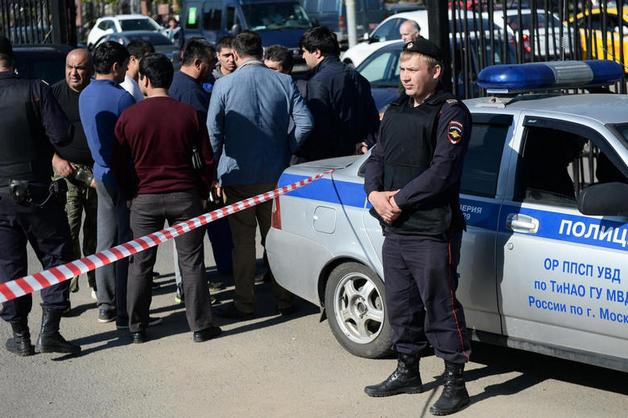 Семи фигурантам дела о погроме на Хованском кладбище продлен арест