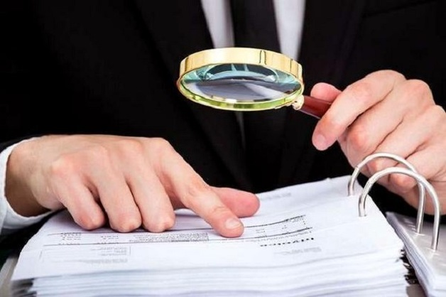Нардепы, которые не платят алименты, штрафы и коммуналку