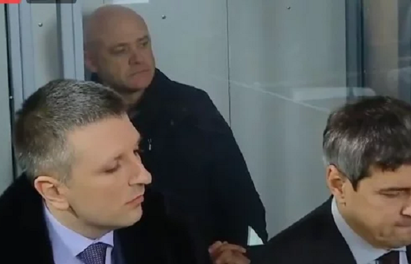 "Появились фото Труханова в ""клетке"", в Киев нагнали одесских титушек: плед несите"