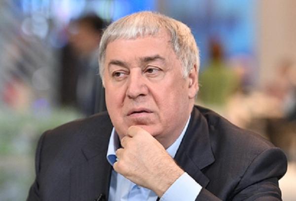 "ВТБ доит ""Нефтису"" по праву кредитора"