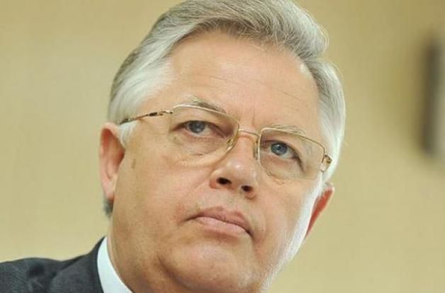 СБУ проводит обыски в доме Петра Симоненко